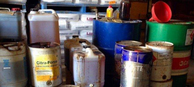 descarte-residuos-quimicos-perigosos-2