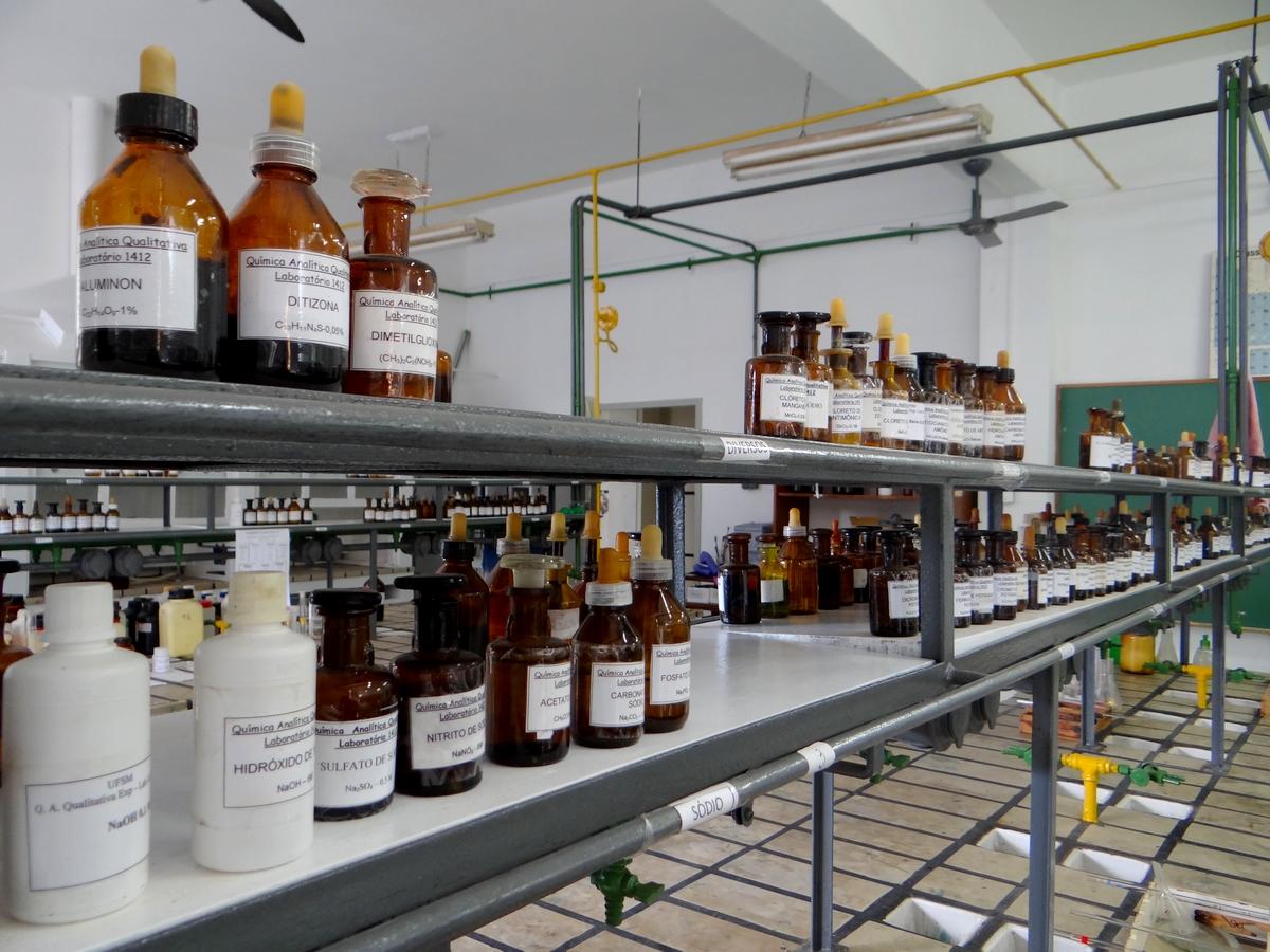 Empresa de coleta e descarte de resíduos químicos